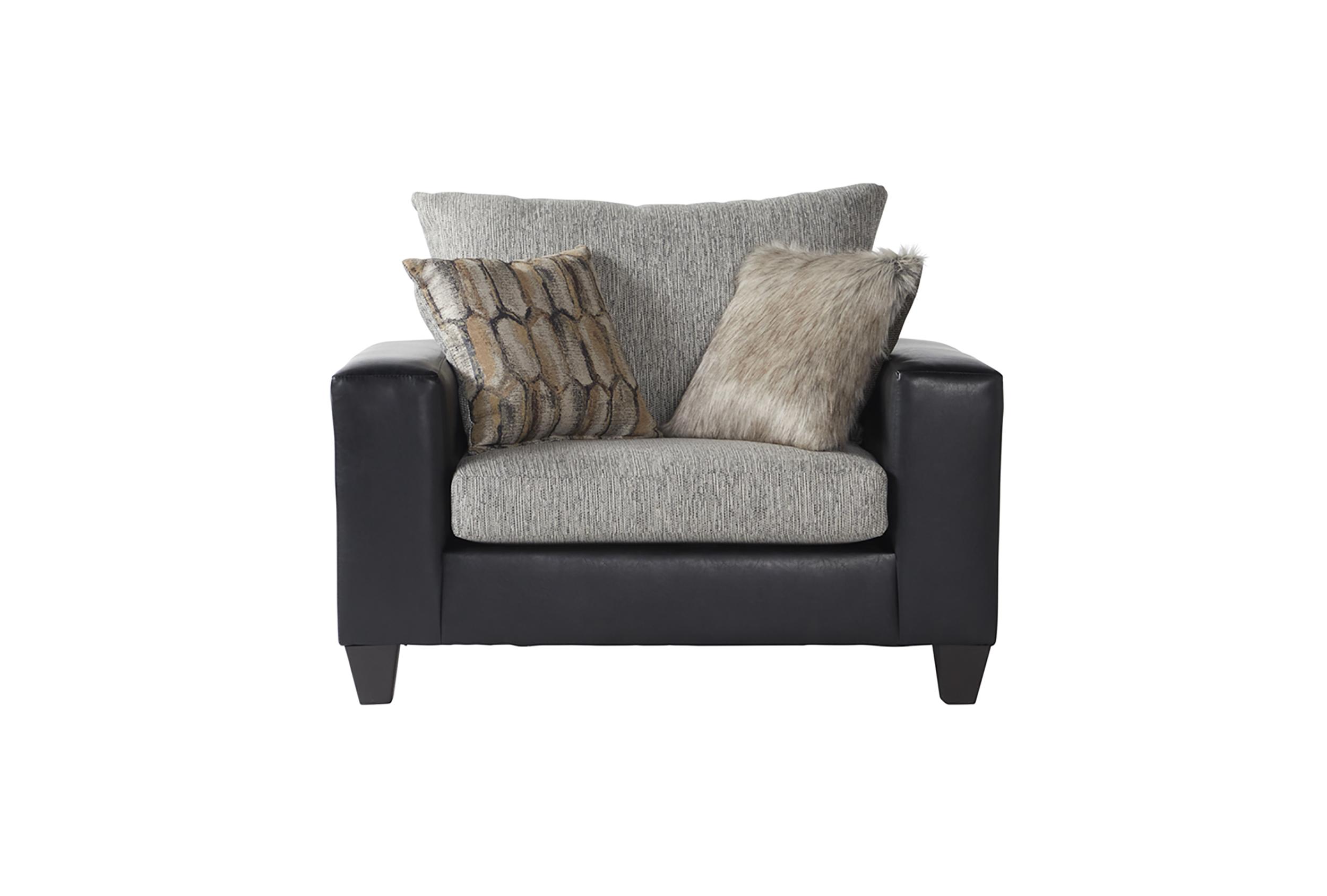 15325 Cuddle Chair